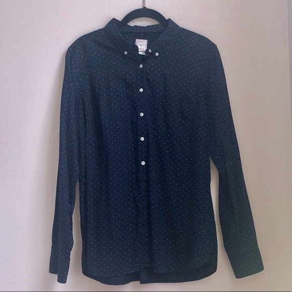 GAP Tops - Gap Tailored Shirt